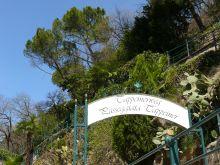 a kb. hat km hosszú Tappeiner-sétány ''bejárata'' Meranoban