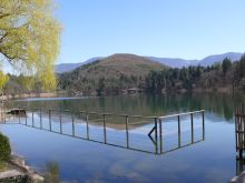 Montiggl-tó a Dél-Tiroli Borút közelében