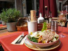 könnyű kis ebéd Bolzano egy hangulatos teraszán